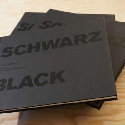 Schwarz / Black - Katrin Trautwein / Lars Müller