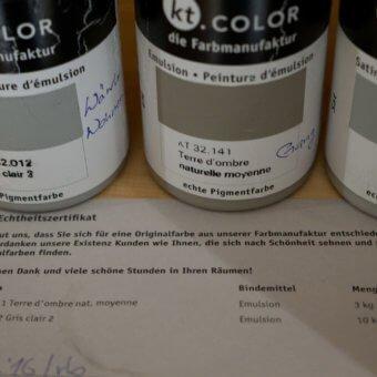 Kundendienst: Zertifikat und Originalfarbe für Kunden