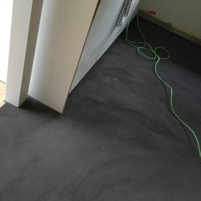 Küchenboden in Naturofloor warmschwarz