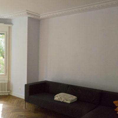 Wohnzimmer in Bianco Lapislazuli